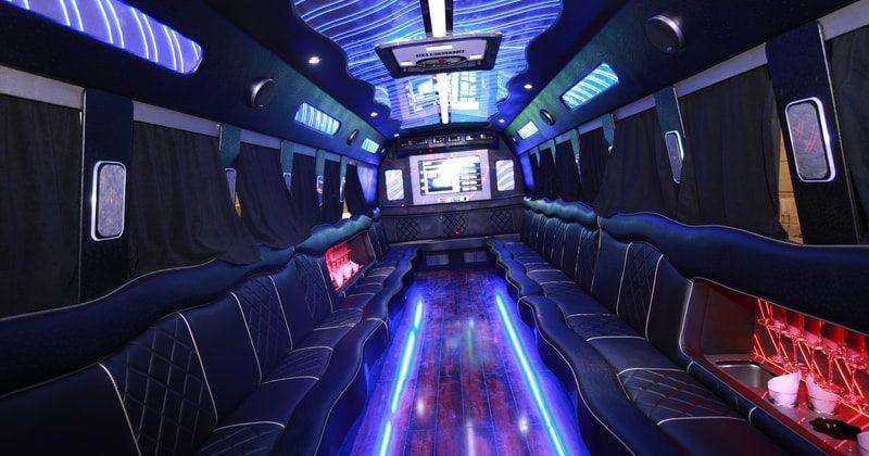 Partybus Fahrt durch Frankfurt